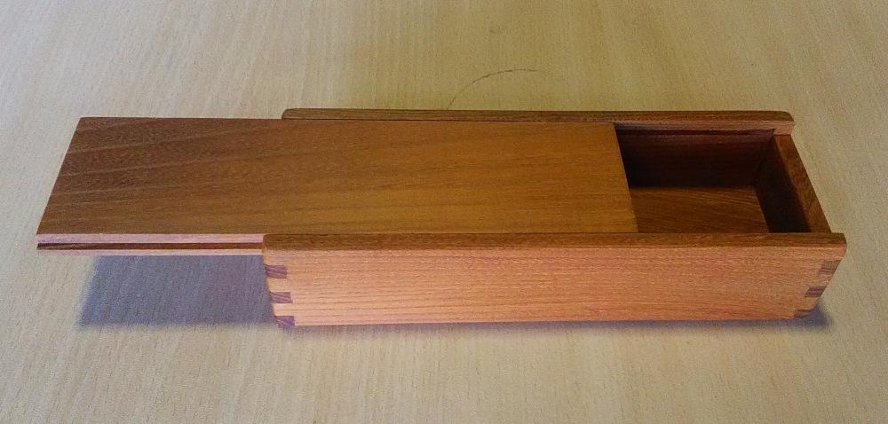 欅のペンケース